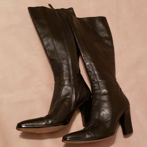 Lord & Taylor Black Leather Boots Sz 6M